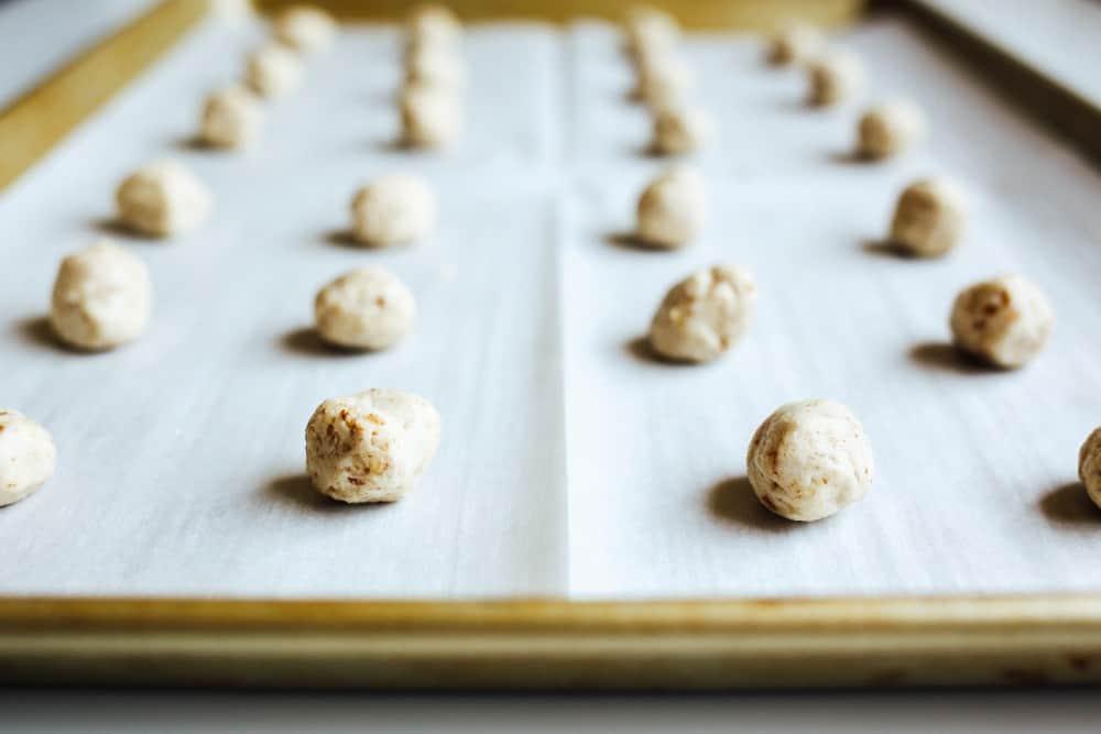 Crispy Butter Pecan Cookies