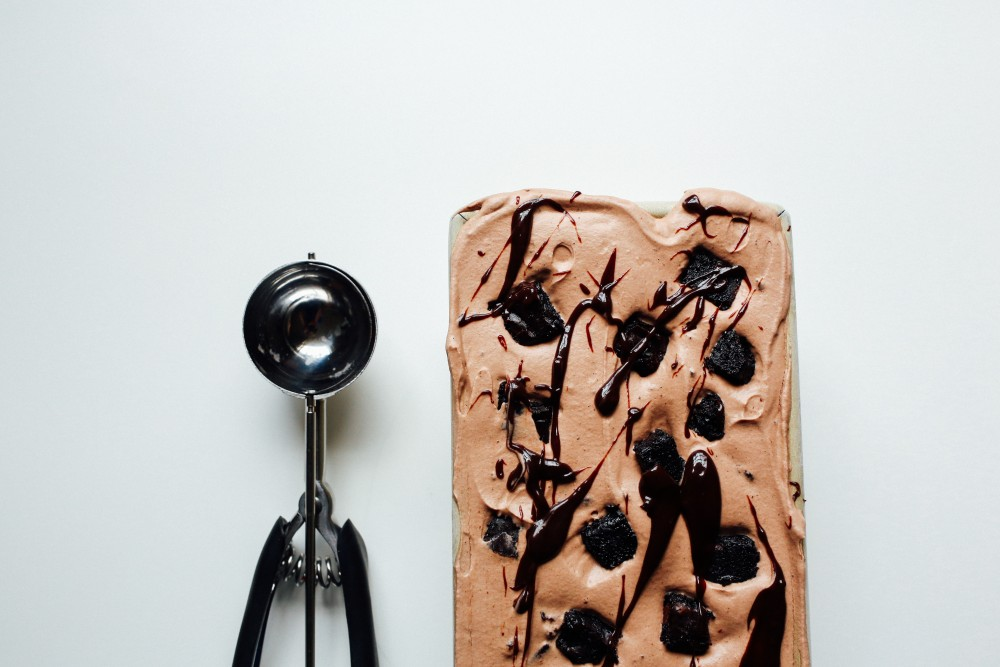 no-churn mocha brownie fudge ice cream