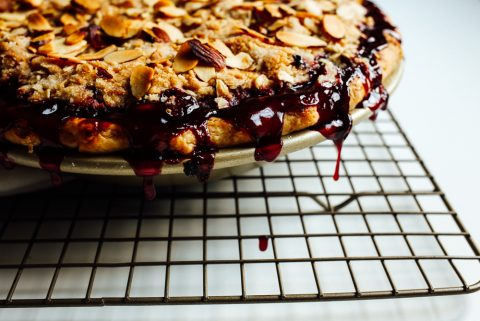 Berry Almond Streusel Pie