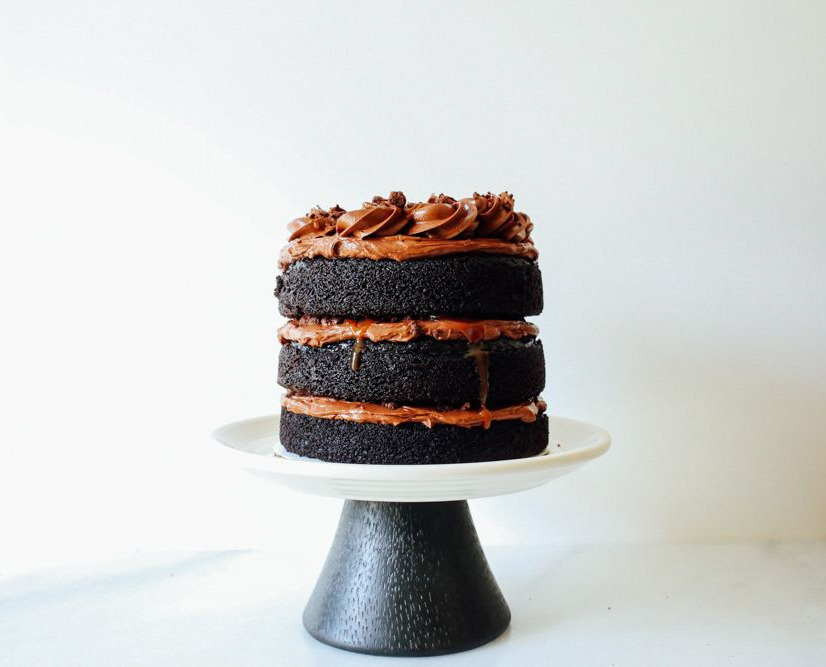 Chocolate Caramel Crumble Cake