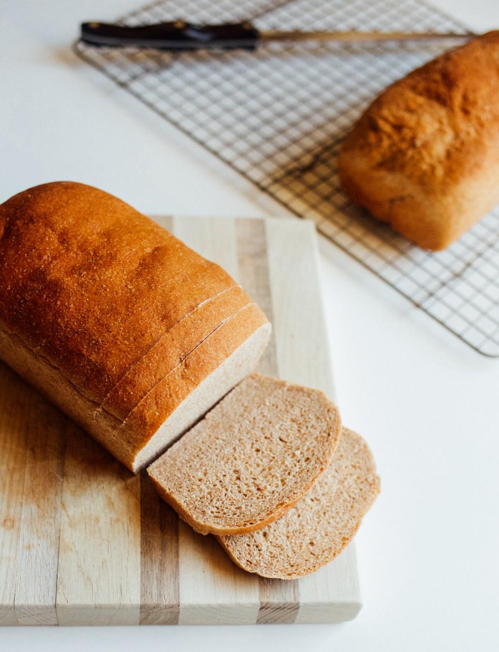 photo of whole wheat sandwich bread